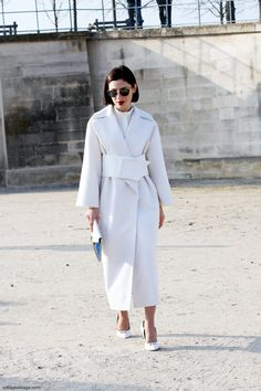 Say Cheese! White Outfits, Classy Outfits, Lawyer Fashion, Vogue, Adventure Style, Collage Vintage, Hipster Outfits, Jacket Dress, Winter Fashion