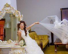 Марина Алиева специально для журнала Свадебная легенда Wedding Dresses, Fashion, Bride Dresses, Moda, Bridal Gowns, Wedding Dressses, La Mode, Weding Dresses, Fasion