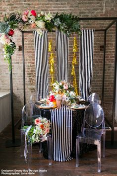 Plan your modern wedding using beautiful and bold silk flowers and modern wedding décor from afloral.com. #modernwedding  Designer: Emmy-Ray Design Studio Photographer: Jana Marie