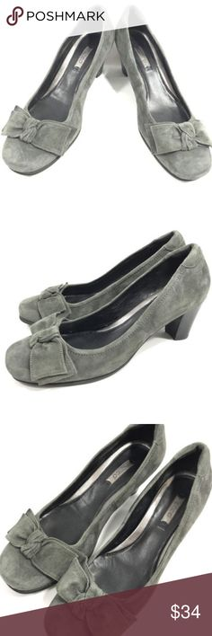 """ECCO Bow Heels Gray Suede Leather Euro 40 ECCO Bow Heels  Women's Euro Size 40 Dark gray suede leather Block heel measures about 2 1/4"""" high  Excellent pre-owned condition, please see pictures Ecco Shoes Heels"""