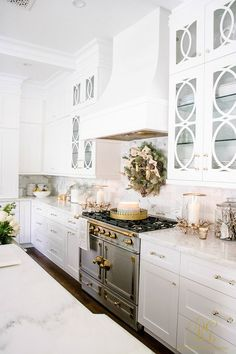Christmas Home Tour 2017 - Silver and Gold Christmas - Randi Garrett Design