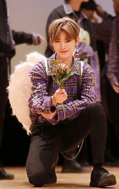 Nct, Color Rush, Kim Sun, Star Awards, Fashion Wallpaper, We The Best, Korean Celebrities, Kpop Boy, Handsome Boys