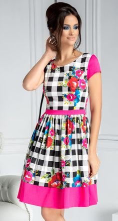 Rochie eleganta Ladonna cu carouri si detalii florale fucsia Summer Dresses, My Style, Floral, Girls, Fashion, Toddler Girls, Moda, Summer Sundresses, Daughters