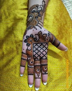 50 Most beautiful Sargodha Mehndi Design (Sargodha Henna Design) that you can apply on your Beautiful Hands and Body in daily life. Khafif Mehndi Design, Basic Mehndi Designs, Latest Bridal Mehndi Designs, Stylish Mehndi Designs, Wedding Mehndi Designs, Mehndi Designs For Girls, Mehndi Designs For Beginners, Mehndi Design Photos, Mehndi Designs For Fingers