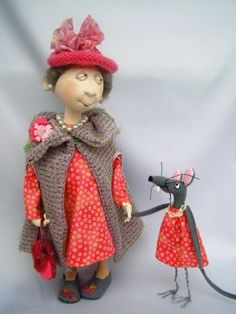 love the expressions!! Titled: Maise  and Meredith Mouse  by Jill Maas