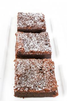 2 Ingredient Nutella Brownies: Rich fudgy chocolate brownies with only 2 ingredients? Can you believe these easy brownies have NO flour or brownie mix?!  When I first heard about this Nutella Brownies recipe I was very skeptical! However, they are some of the best brownies I've ever had.  Can you believe how easy …