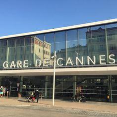 Une nouvelle semaine démarre... Moi je file sur Lyon pour 3 jours! Bonne semaine à toutes et tous  #gare #garedecannes #cannes #cotedazur #train #themouse #lyon #cestpartipourunenouvellesemaine http://themouse.org