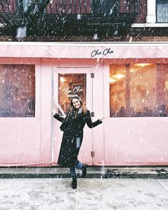 When you are caught in the snow in NYC and you have the sweetest people with you to take this picture! Shot with Manhattan, Nyc, People, Pictures, Photography, Photos, Photograph, Fotografie, Photoshoot