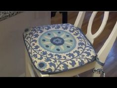 How to Buy Cushions - Home Décor Ideas - as part of the expert series by GeoBeats. Here is some lingo when you are buying cushions. Dining Chair Cushions, Décor Ideas, Ottoman, Ties, Youtube, Stuff To Buy, Furniture, Color, Home Decor