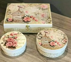 Napkin Decoupage, Decoupage Vintage, Decoupage Paper, Clay Box, Box Roses, Altered Boxes, Vintage Box, Bottle Crafts, Diy Crafts To Sell