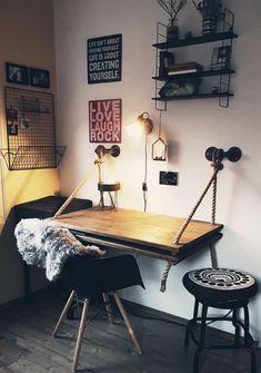 You need to see this DIY desk by COUCH Community member pillegrim . Diesen DIY-Schreibtisch von COUCH Community Mitglied pillegrim müsst ihr gesehe… You must have seen this DIY desk by COUCH Community member pillegrim! This way for many more DIY idea Home Decor Bedroom, Diy Home Decor, Diy Kitchen Projects, Diy Casa, Rustic Home Interiors, Ideias Diy, New Room, Room Inspiration, Diy Furniture