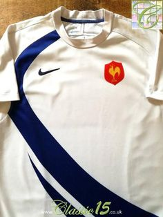Official Nike France away pro-fit rugby shirt from the 2007/2008 seasons.