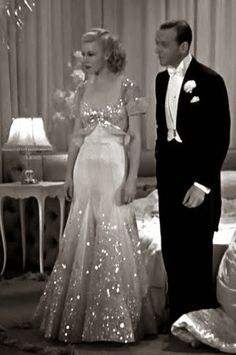 "Ginger Rogers and Fred Astaire The Piccolino Dress, from ""Top Hat."" My favorite Ginger Rogers dress of all time! Vintage Hollywood, Old Hollywood Glamour, Golden Age Of Hollywood, Fred Astaire, Vintage Glamour, Vintage Beauty, Moda Vintage, Vintage Mode, Vintage Outfits"