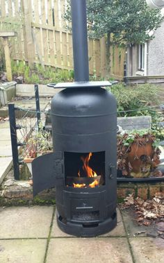 Robert's finally finished making his bespoke gas bottle wood burner/barbecue/smoker.
