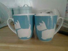 Blue scotty dog mugs! Would make such a fun gift.