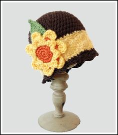 Free crochet pattern for Harvest Gold Cloche Beanie Hat by Pattern-Paradise.com #crochet #hat #patternparadisecrochet #free