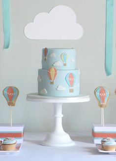 Hot Air Balloon Cake Ideas | Hot Air Balloon 1st Birthday Party Ideas + Cake via Kara's Party Ideas ...