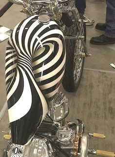 Kustom Kulture- I Live For This Shit : Photo - Trucks - Motorrad Custom Motorcycle Paint Jobs, Custom Paint Jobs, Pinstriping, Moto Fest, Motos Harley Davidson, Custom Tanks, Motorcycle Tank, Motorcycle Quotes, R80