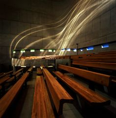 Arquitetura e luz. Arq é luz. Igreja de Saint-Pierre, Firminy, Le Corbusier.