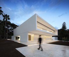 Gallery of La Pinada House / Fran Silvestre Arquitectos - 1                                                                                                                                                                                 More