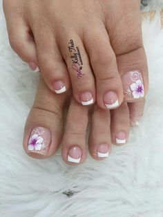nails - Manicure inspiration with cute decorations 021 Pedicure Nail Art, Toe Nail Art, Manicure And Pedicure, Pretty Toe Nails, Cute Toe Nails, Hair And Nails, My Nails, Toe Nail Designs, French Pedicure Designs