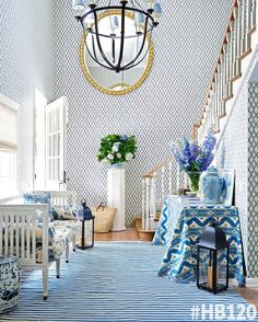 Mark D. Sike Blue and White Entryway foyer Circa Lighting Lancaster Chandelier with custom fabric shades Quadrille Bali Hai fabric on skirted console Foyer Design, House Design, Wallpaper Bali, Diamond Wallpaper, Room Wallpaper, Beverly Hills Houses, Entryway Furniture, Entryway Ideas, Entryway Stairs