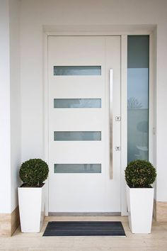 Modern Entrance Door, Main Entrance Door Design, Modern Exterior Doors, Exterior Front Doors, House Entrance, Wooden Main Door Design, Home Door Design, Door Design Interior, Home Building Design