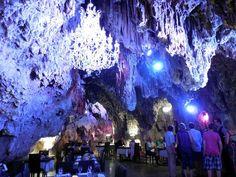 La Grotte, Trans-en-Provence: Se 749 objektive anmeldelser af La Grotte, som har fået 4 af 5 på TripAdvisor og er placeret som nr. 2 af 23 restauranter i Trans-en-Provence.