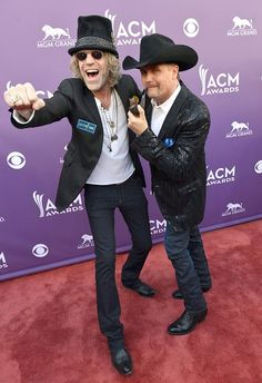 Big & Rich arrives at the ACM Awards on Sunday, April 8th.