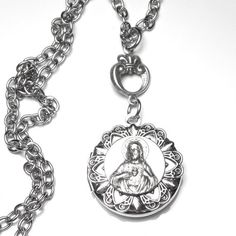 Sacred Heart of Jesus Antique French Silver Holy Medal Locket, Jesus Christ Necklace, Catholic Medal Catholic Medals, Catholic Gifts, Heart Of Jesus, Crown Of Thorns, Paper Lace, Blessed Mother, Sacred Heart, French Antiques, Filigree