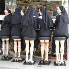 tabourets de bar .. inconvenables !!!