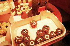 domo cupcakes [via super cute food]