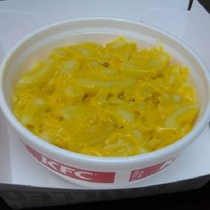 Make our KFC Mac and Cheese Recipe at home tonight for your family. With our Secret Restaurant Recipe your Mac and Cheese will taste just like KFC's. Cheese Recipes, Cooking Recipes, Cooking 101, Copycat Recipes, Great Recipes, Favorite Recipes, Yummy Recipes, Family Recipes, Bon Appetit