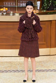 Chanel Fall 2015 Ready-to-Wear Collection - Vogue
