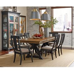 Kincaid Furniture Solid Wood Bedroom Dining Room And Living Sofas Tables Official Site Of Company