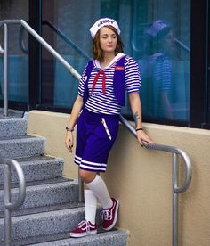DIY Stranger Things costume ideas for adult. You'll love this Robin as Chips Ahoy Worker modest Halloween costume for women, modest Halloween costumes for teens, and easy modest Halloween costumes that you can wear for work and for school. Fall Outfits For Work, Fall Fashion Outfits, Modest Halloween Costumes, Ghost Costumes, Halloween Outfits, Modesty Fashion, Chill Outfits, Costumes For Women, Vintage Halloween