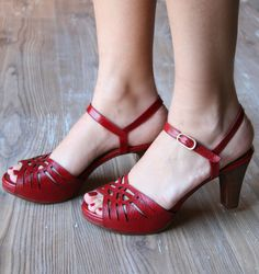 JOOK RED :: SANDALS :: CHIE MIHARA Little red sandals of my heart.