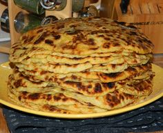 Crepe Cake, Mille Crepe, Hungarian Recipes, Crepes, Pancakes, Goodies, Mac, Food And Drink, Pizza