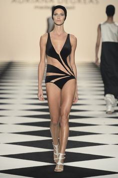 Obsessed with this bathing suit  Adriana Degreas | São Paulo | Verão 2014 RTW