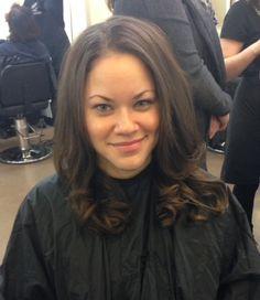 Round brush curls