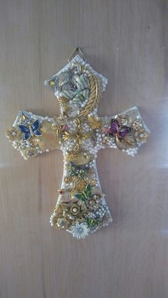 Easter Collage Cross made by Linda Jurgens