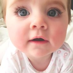 Cute Baby Pictures, Baby Photos, Beautiful Children, Beautiful Babies, Cute Kids, Cute Babies, Baby Girl Images, Baby Kind, Painting For Kids