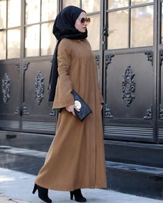 @Sarahbeauty19 Pinterest: @adarkurdish Hijab Dress, Hijab Outfit, New Hijab Style, Abaya Style, Abaya Fashion, Fashion Outfits, Women's Fashion, Modele Hijab, Hijab Collection