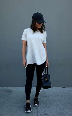 Summer has come, we have top stylish women's streetwear and Athleisure Outfits that will be perfect and cool on this summer. Layering is amazing for virtually any circumstance. Athleisure Trend, Athleisure Outfits, Tomboy Outfits, Cute Outfits, Fashion Outfits, Fashion Trends, Gym Outfits, Casual Athletic Outfits, Spring Outfits