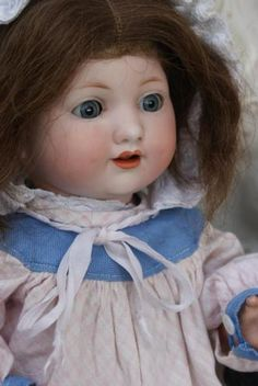 Antique doll Gemerkt : GERMANY A 985 M 4. www.antiekepop.nl