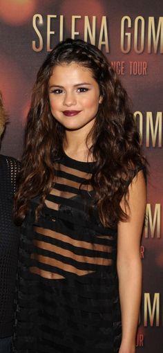 Selena Gomez big boho wavy hair with braid.....my fav ♡{}♡