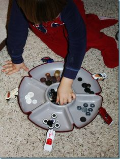 Sorting Buttons ~ Tot Tray {45 months}