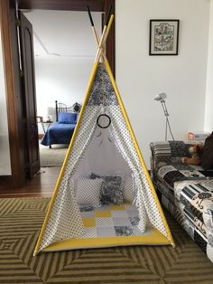 Teppe para niños! Cabana, Hanging Chair, Toddler Bed, Teepees, Crafty, Evie, Birthdays, Couture, Furniture