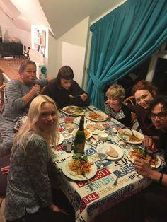 Julie Fox Twitter Cast Mates Having Dinner Season 3