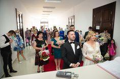 Bridesmaid Dresses, Wedding Dresses, Presidents, Crown, Fashion, Bridesmade Dresses, Bride Dresses, Moda, Bridal Gowns